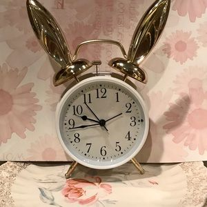 MAD TEA PARTY Rabbit Ear Alarm Clock